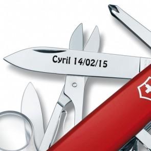 Couteau Suisse gravé Victorinox Explorer