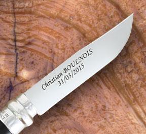 couteau gravé personnalisé